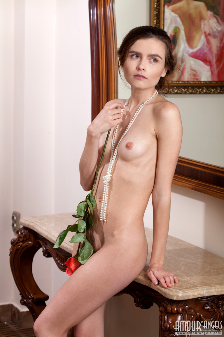 Photo Gallery Nude Nude Teen Photo